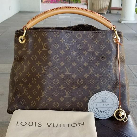 0a5c561ca05f Louis Vuitton Handbags - Authentic Louis Vuitton Artsy MM